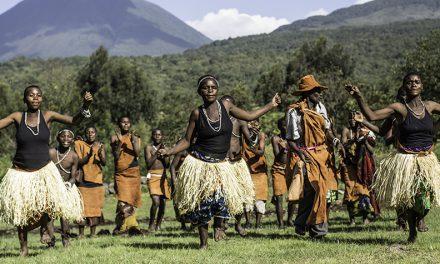Enjoy an interactive experience at Mount Gahinga Lodge, Uganda