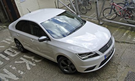 Seat Toledo tries to pull the wool and fails…